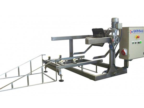 Lavabarricas-Semiautomático-con-Elevación-Eléctrica